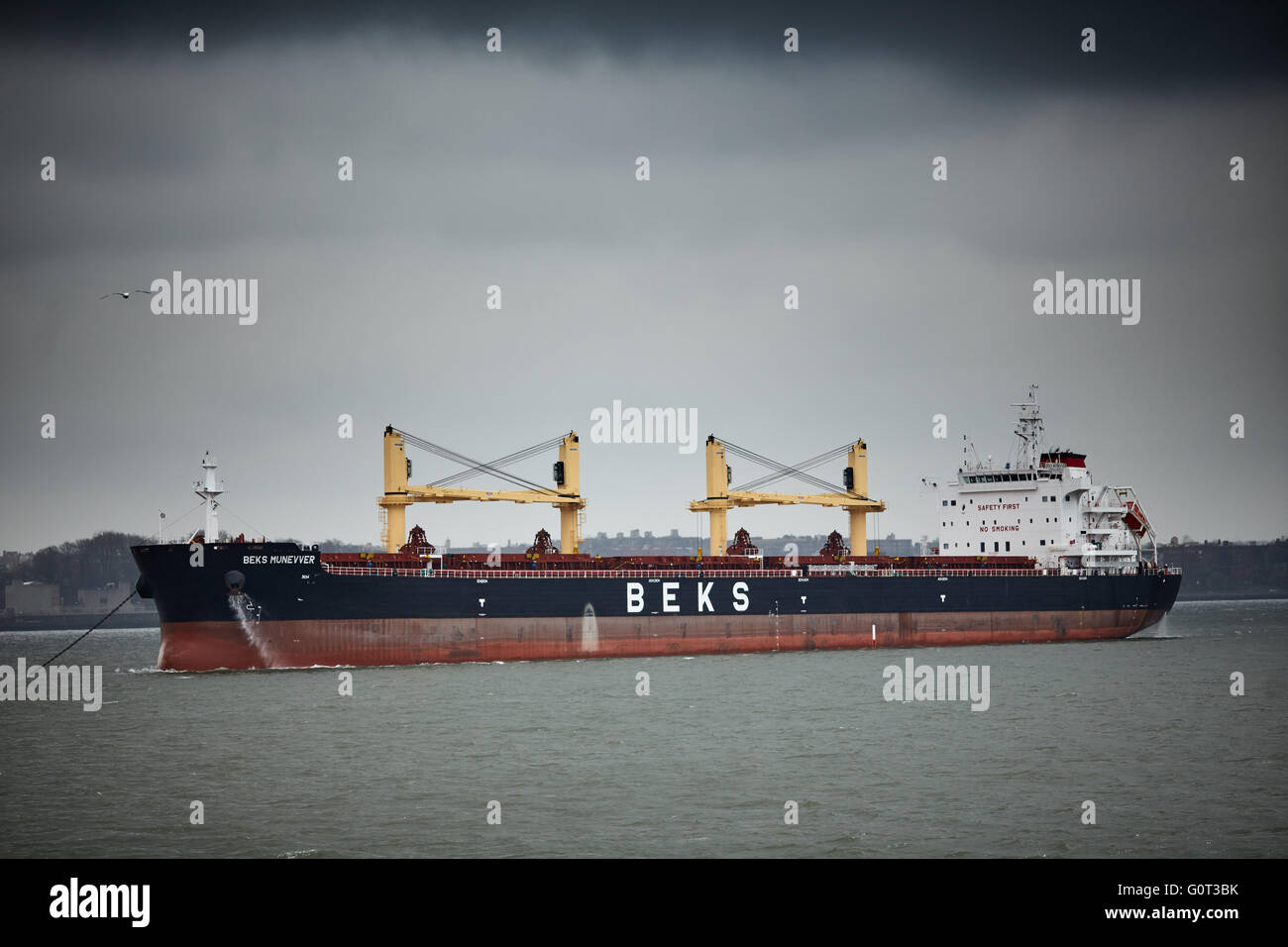 New york   BEKS cargo ship Turkish bulk carrier Beks maritime - Stock Image