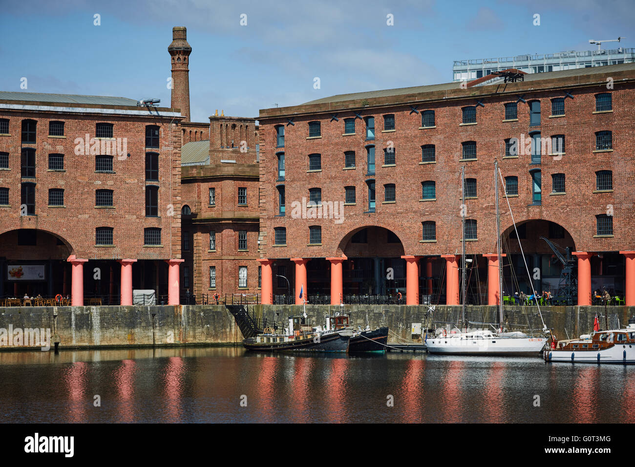 Liverpool albert dock buildings   close up detail exterior The Albert Dock is a complex of dock buildings and warehouses - Stock Image