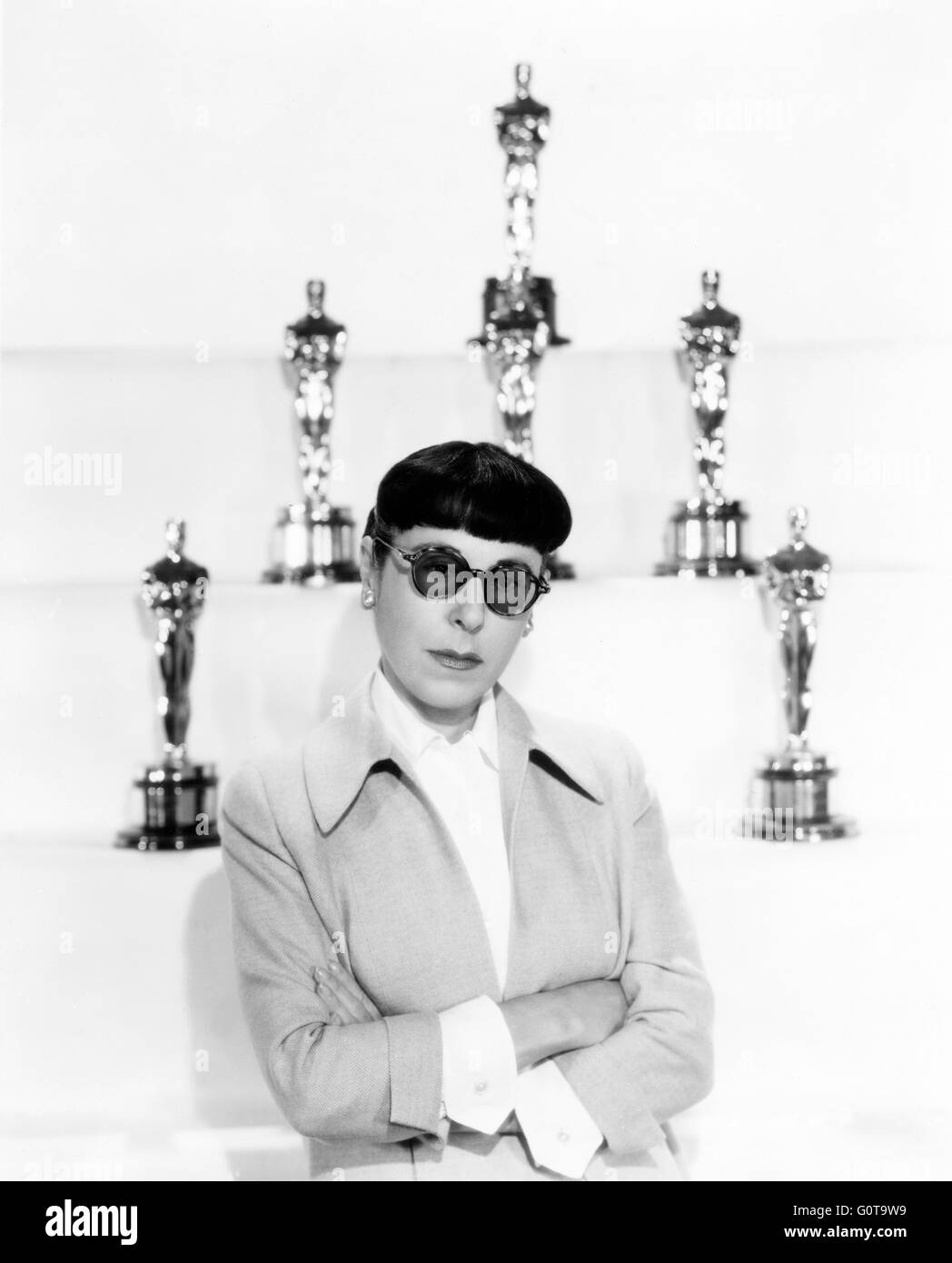 Edith Head (1897-1981), costume designer, who won a record eight Oscar for Best Costume Design. 1957 (Paramount - Stock Image