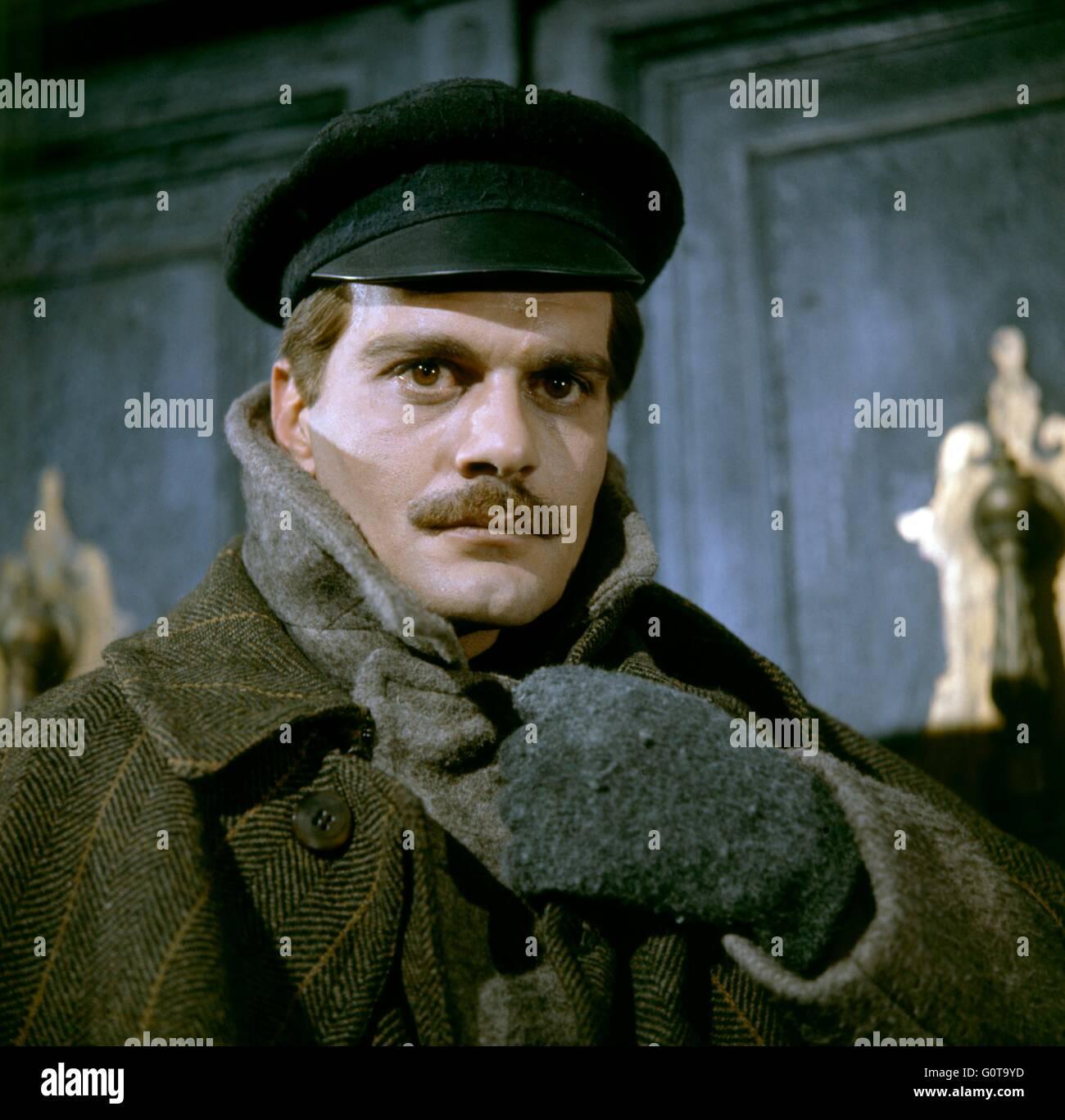 Omar Sharif / Doctor Zhivago / 1965 directed by David Lean  [Carlo Ponti Production / Metro-Goldwyn-Mayer] - Stock Image