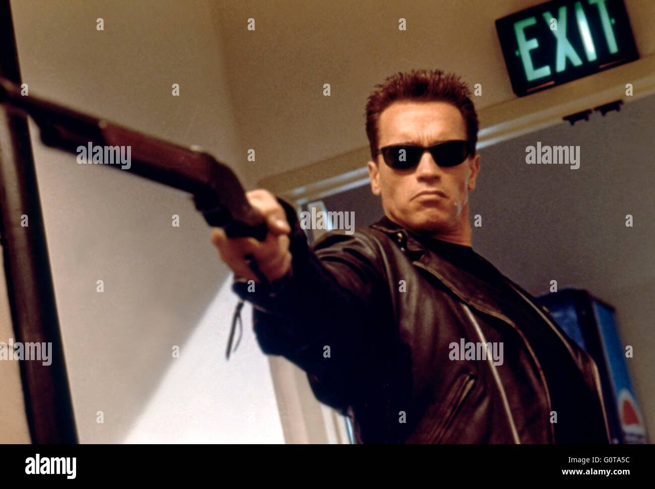 Arnold Schwarzenegger / Terminator 2 : Judgment Day / 1991 directed by James Cameron (Carolco Pïctures) - Stock Image