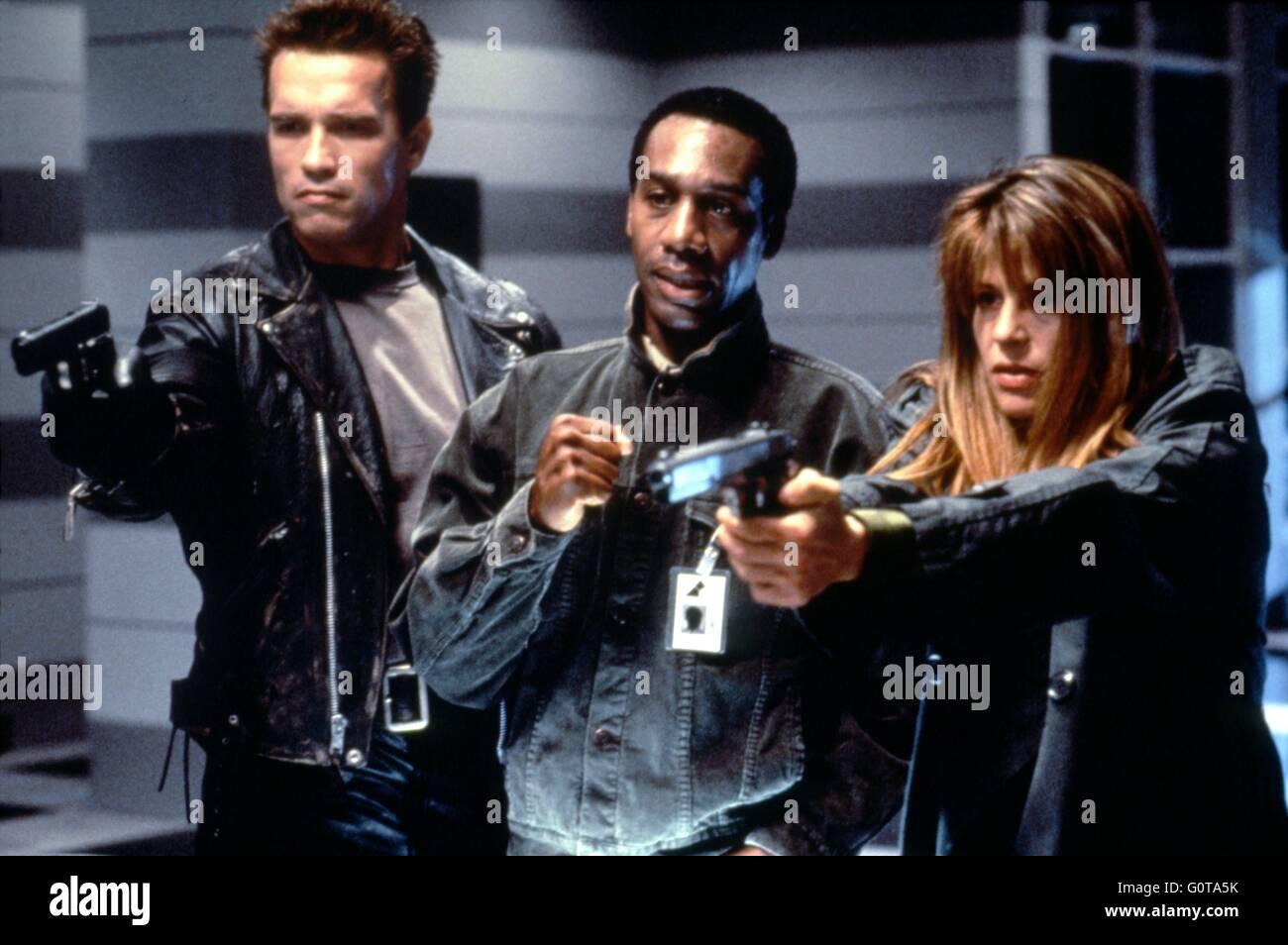 Arnold Schwarzenegger Joe Morton And Linda Hamilton Terminator 2 Stock Photo Alamy