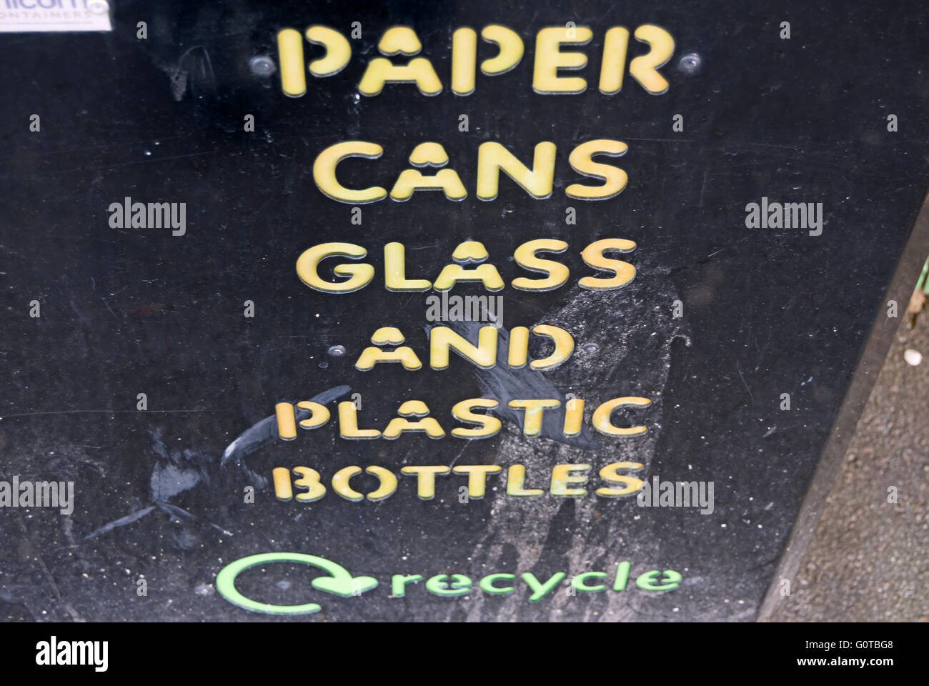 wording on recycle bin in east molesey, surrey, england - Stock Image