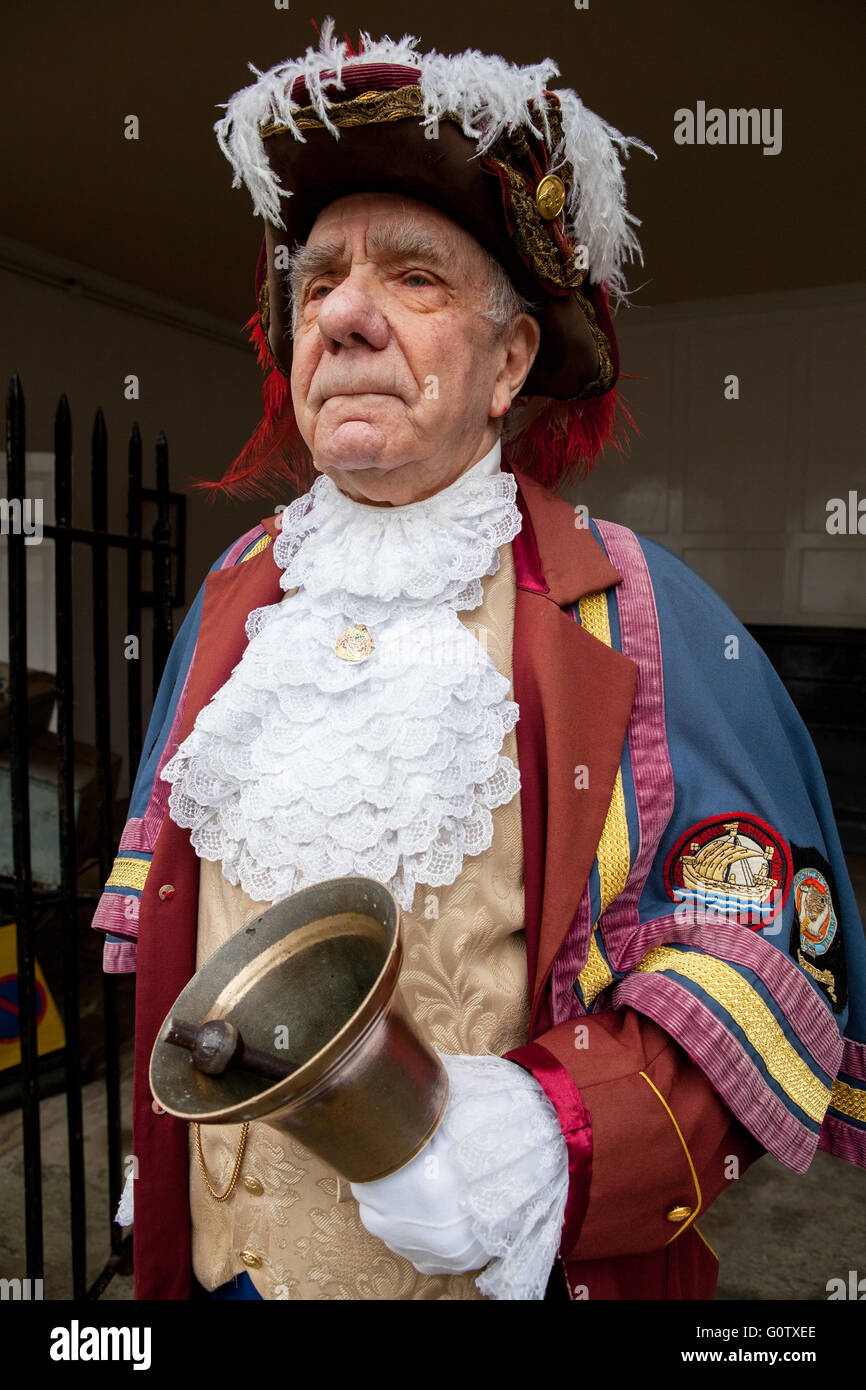 Portrait of the Rye Town Crier Rex Swain dressed in full regalia - Stock Image