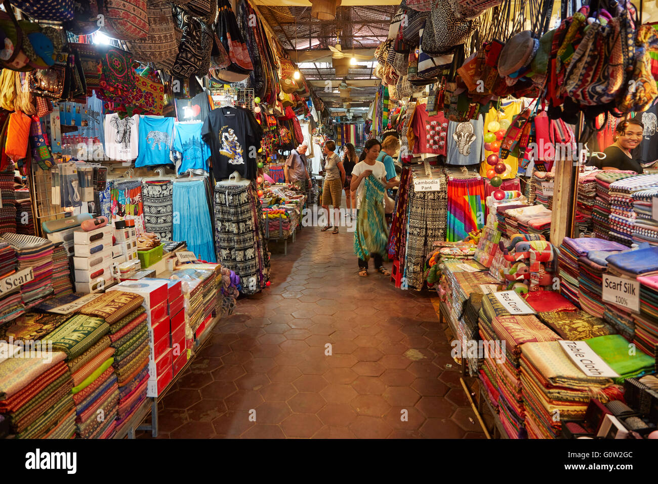 Cloth, silk, cloths and handcrafts at Old Market, Siem Reap, Cambodia - Stock Image