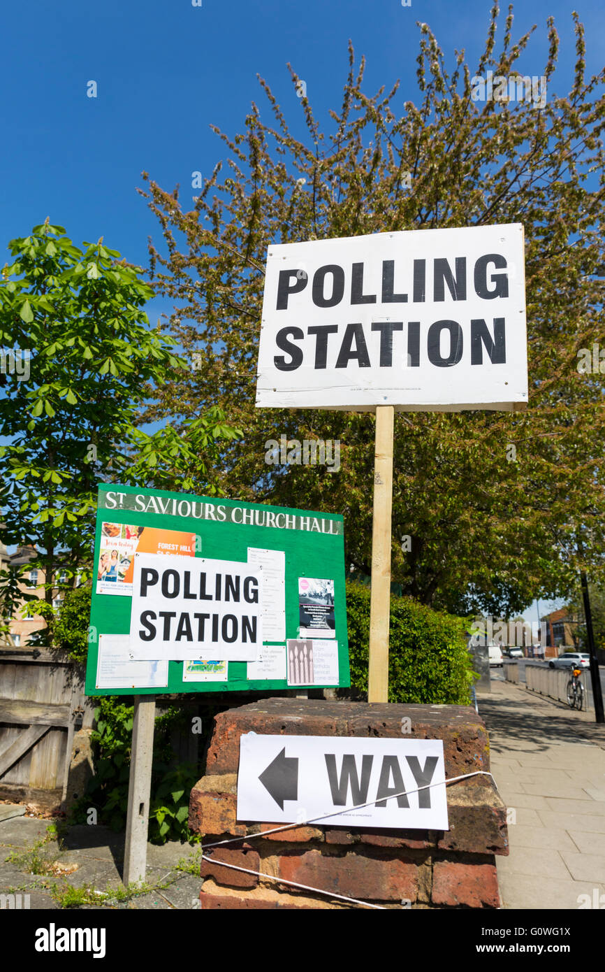 Forest Hill, London. 5th May 2016. A local polling station is open for people to cast their vote in the elections - Stock Image
