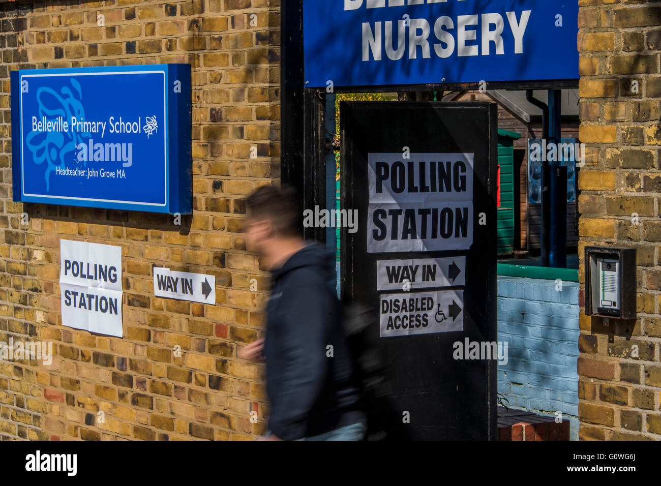 Belleville Nursery polling station - There is a steady stream of voters for the London Mayoral elections at polling - Stock Image