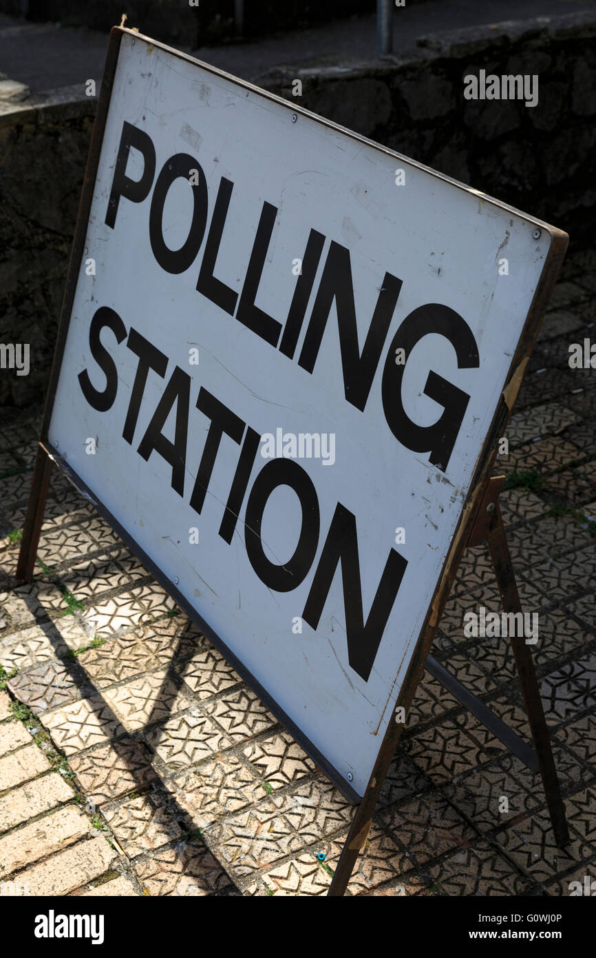 Brixham, Devon, UK, 05 May 2016. Polling Station at Brixham Town Hall, Brixham. Voters went to the polls to elect - Stock Image