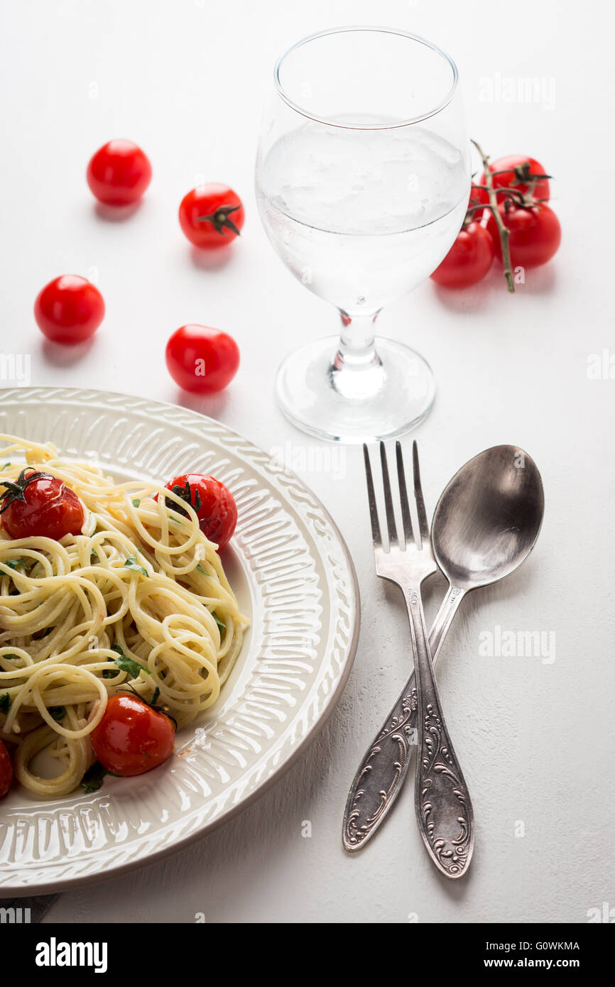 Pasta with cherry tomatoes - Stock Image