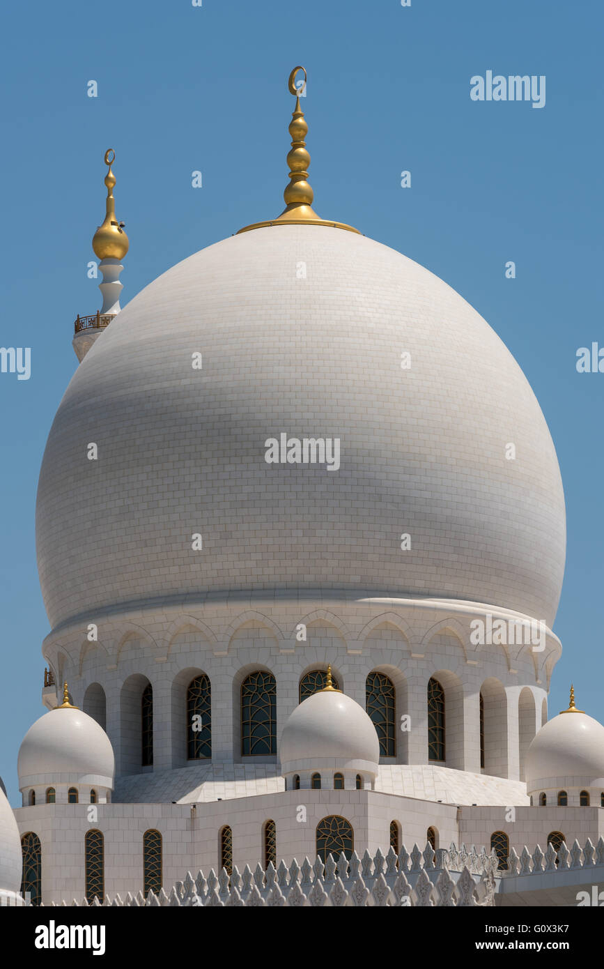 Domes at the Sheikh Zayed Grand Mosque in Abu Dhabi - Stock Image