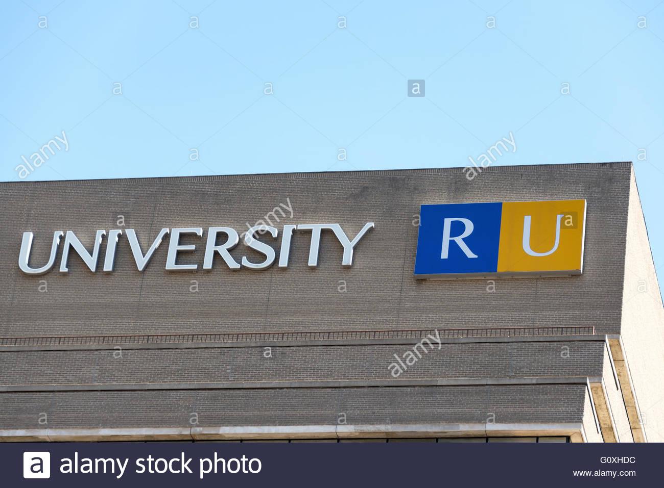 Study in University of Toronto - Best University in Canada ...