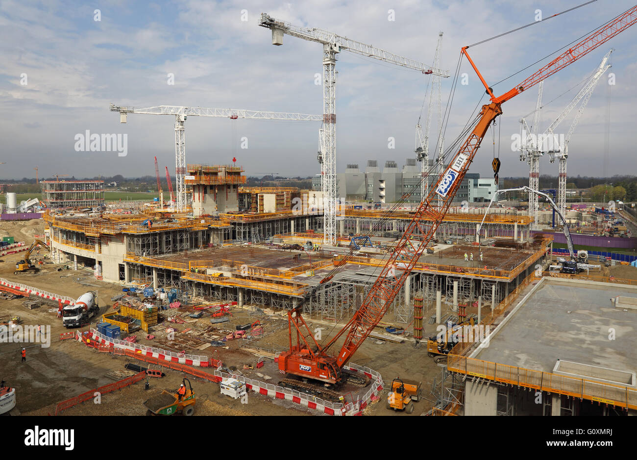 Construction of the new Papworth Hospital in Cambridge, UK. High level view from an adjacent building. Shows new - Stock Image