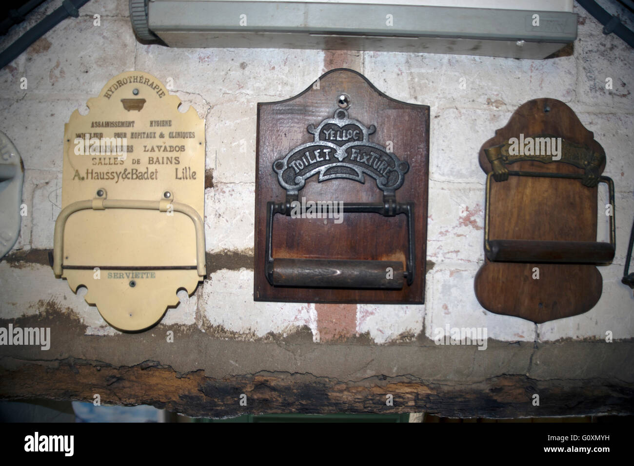 Old England Salle De Bain ~ old toilet roll holders from the thomas crapper collection
