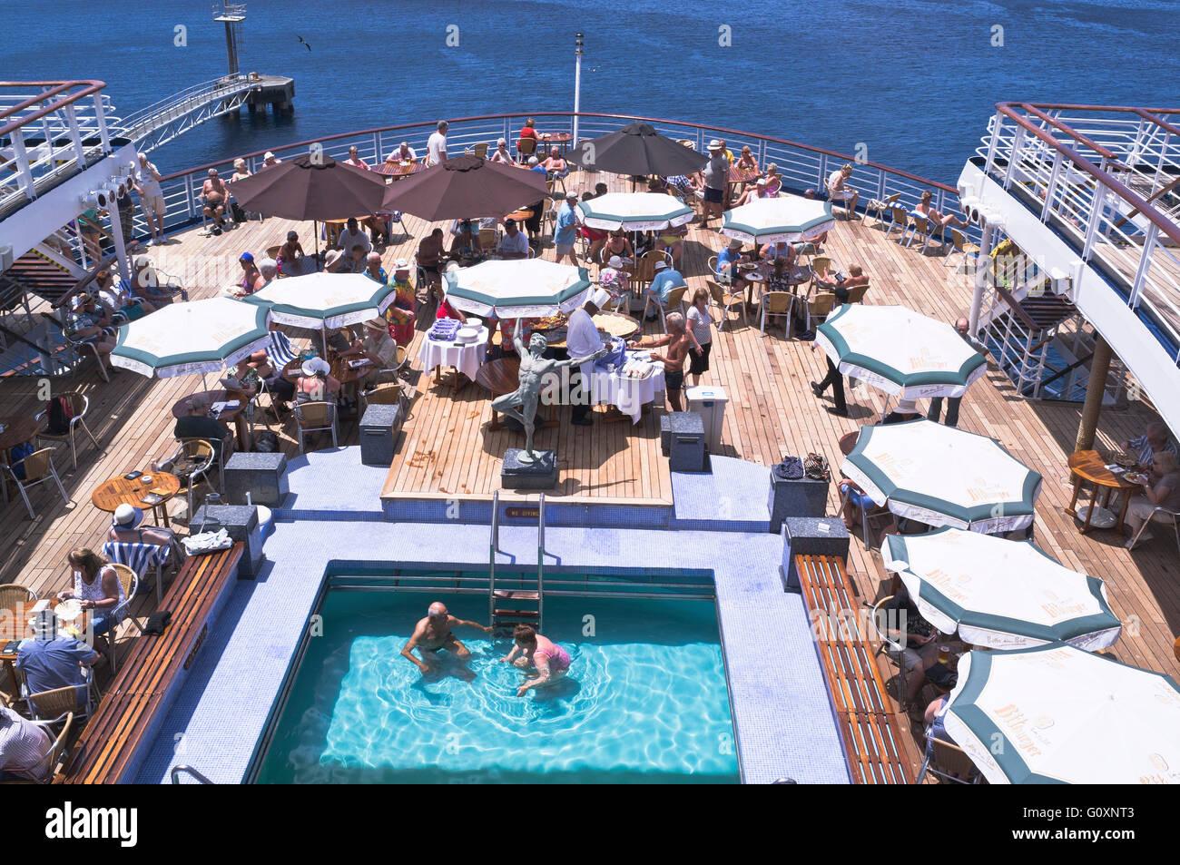 dh CMV Marco Polo cruise ship CRUISING TRAVEL Deck passengers swimming pool buffet on board Stock Photo