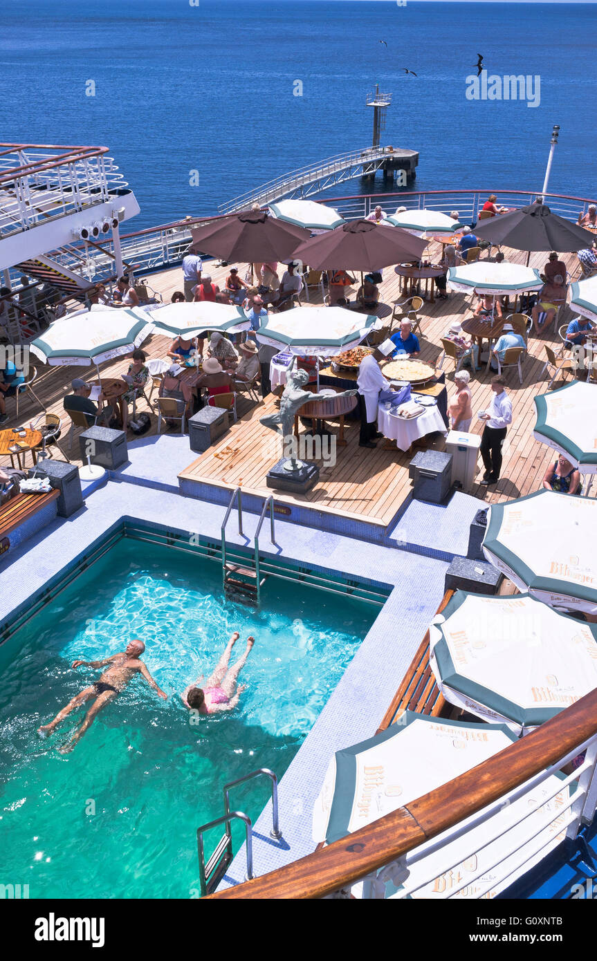 dh CMV Marco Polo cruise ship CRUISING TRAVEL Liner Deck passengers swimming pool buffet relaxing holiday on board Stock Photo