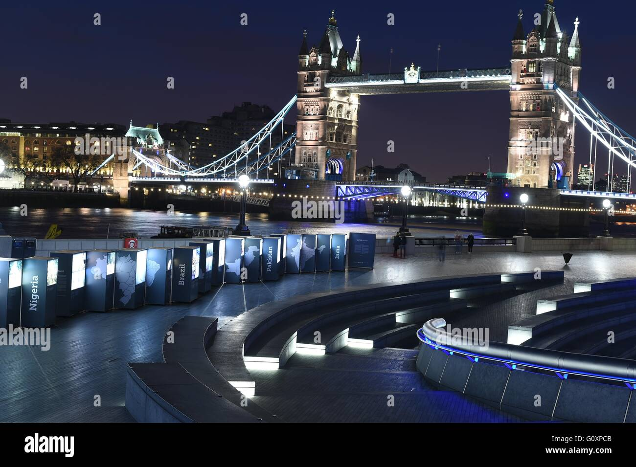 Tower Bridge in London Uk at Night - Stock Image