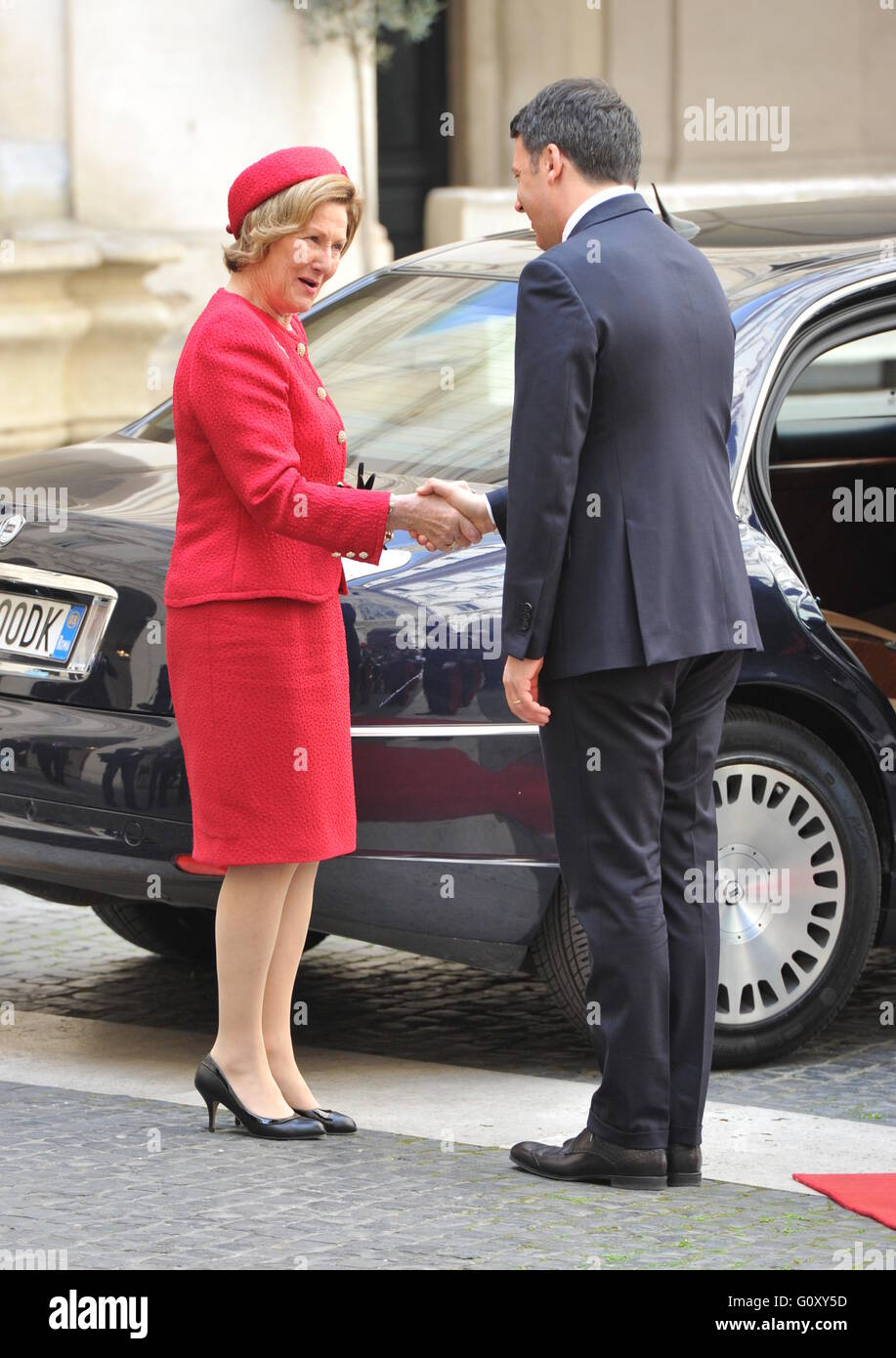 King harald v and queen sonja of norway greet italian prime minister king harald v and queen sonja of norway greet italian prime minister matteo renzi as they arrive at palazzo chigi during a three state visit m4hsunfo