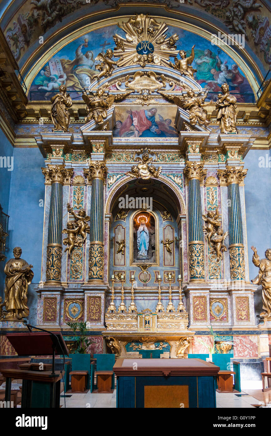 The altar of Santa Maria sopra Minerva at Assisi. Reworked in baroque style XVI century. Stock Photo
