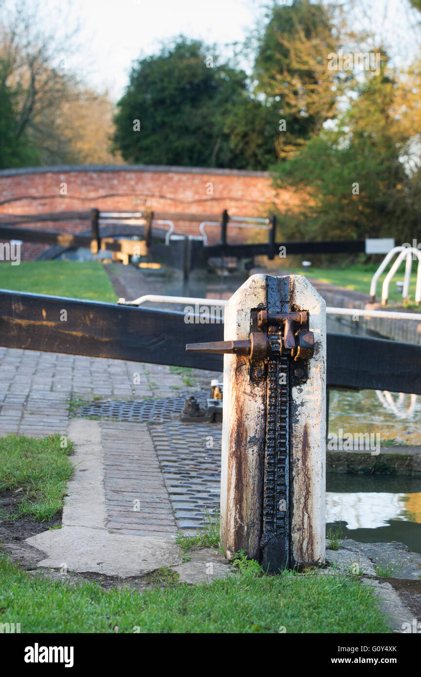 Canal lock paddle gear. Cropredy, Oxfordshire, England - Stock Image