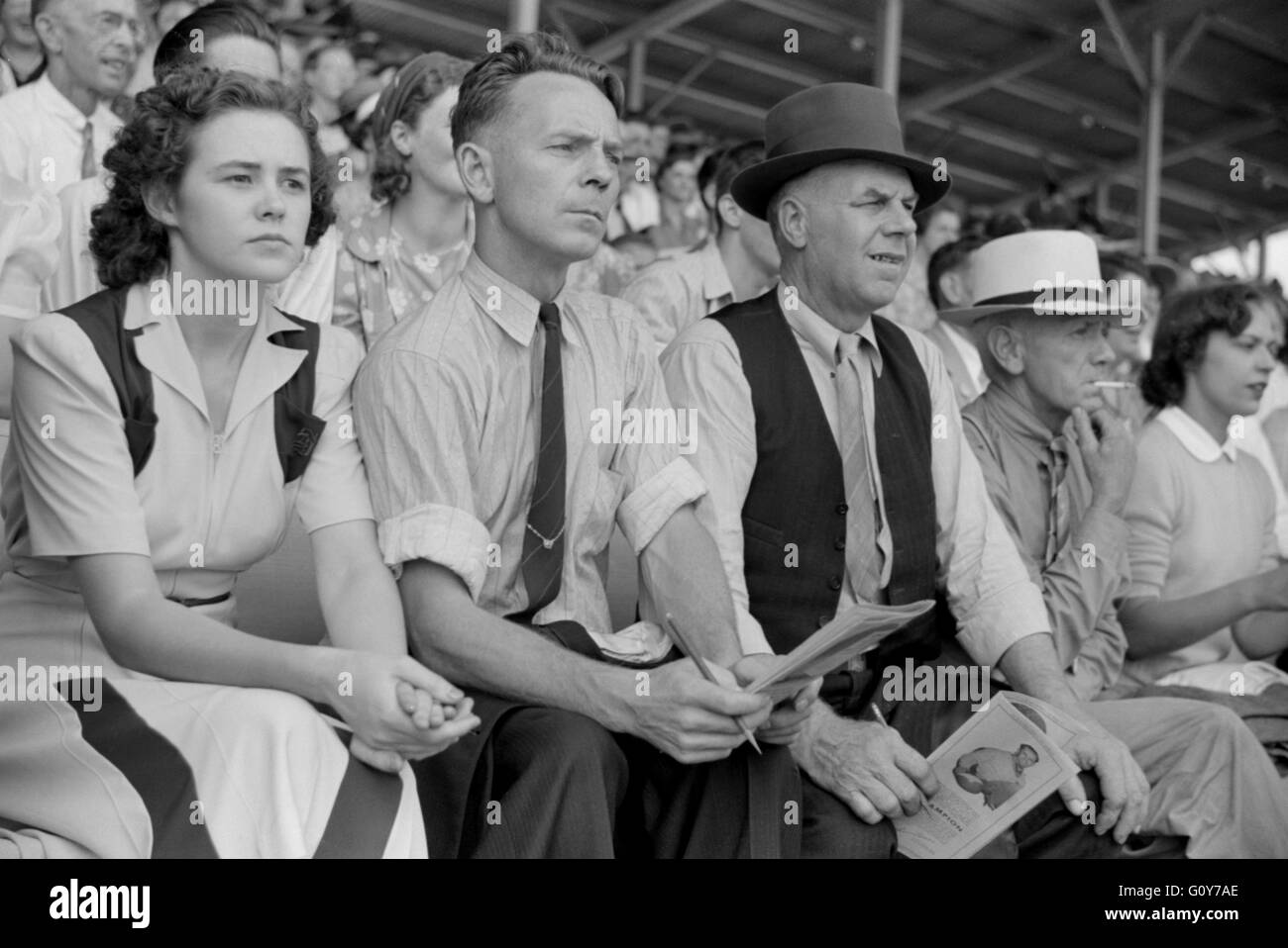 Spectators at Sulky Races at Fair, Rutland, Vermont, USA, by Jack Delano for Farm Security Administration, September - Stock Image