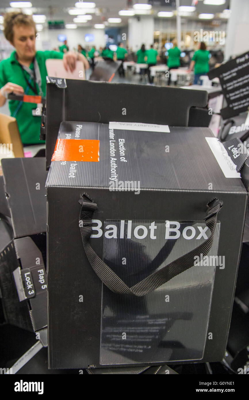 London, UK. 6th May, 2016. Cardboard ballot boxes pile up afyter being emptied of ballot papers - The counts for - Stock Image