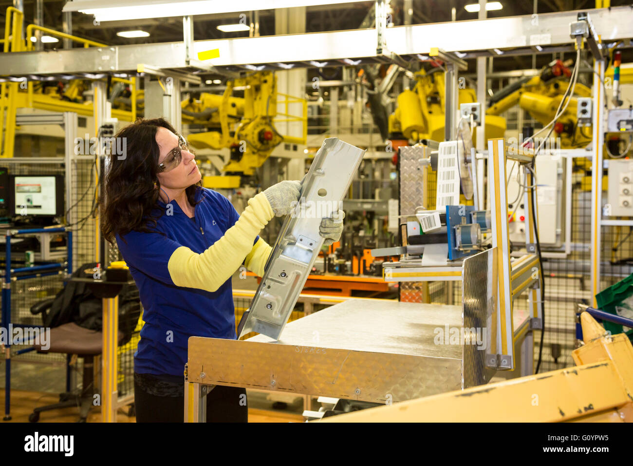 Windsor, Ontario, Canada. 6th May, 2016. Fiat Chrysler Automobiles' Windsor Assembly Plant, where FCA is launching - Stock Image