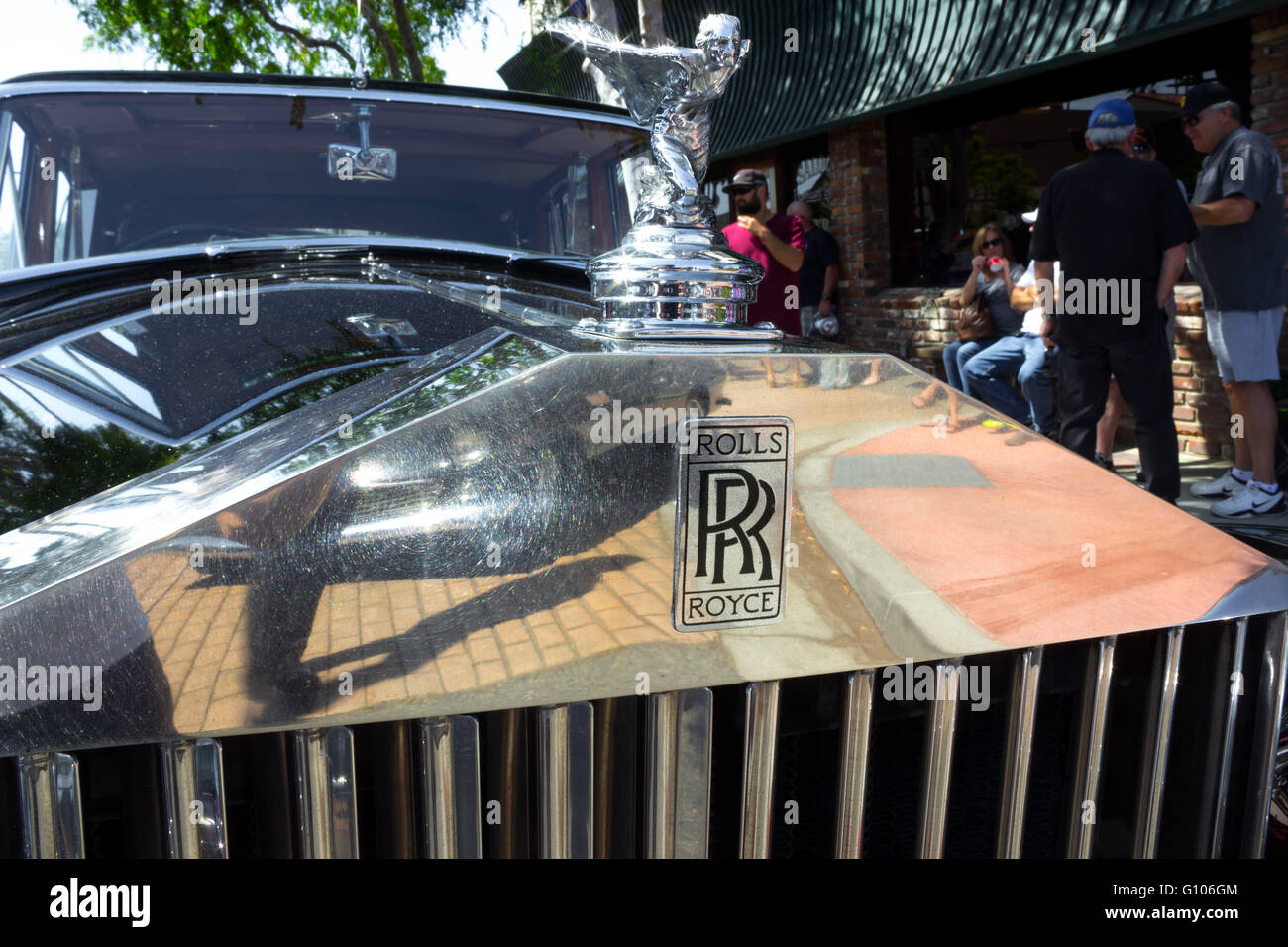 1948 classic Rolls Royce front emblem with wings statue - Stock Image
