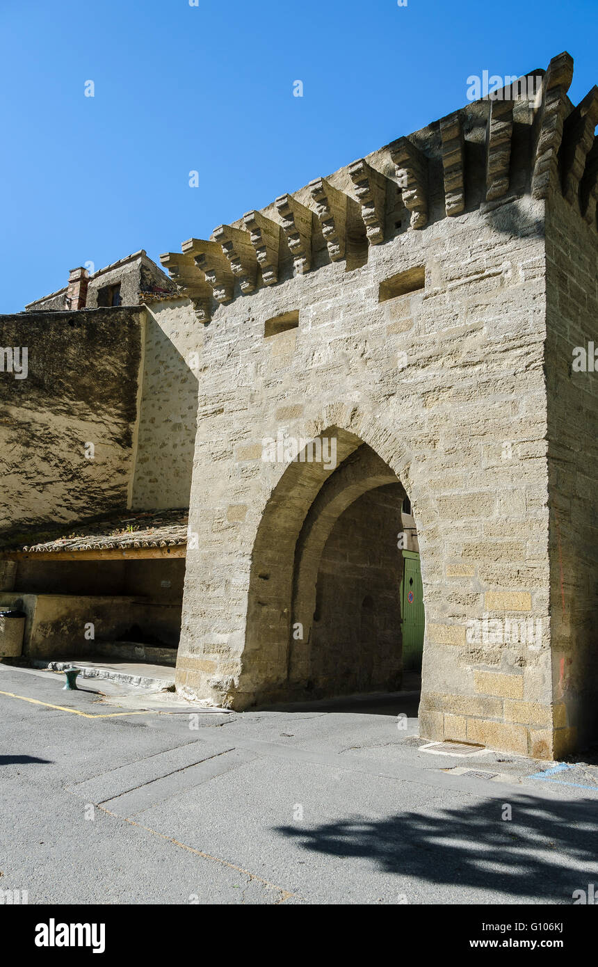 porte de l'Etang, Cucuron, Vaucluse, Luberon, France Stock Photo