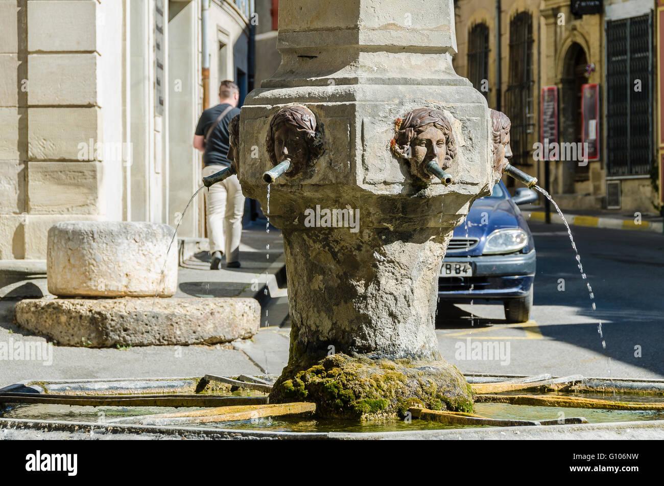 Fontaine de l'Obelisque, Cucuron, Vaucluse, Luberon, France - Stock Image