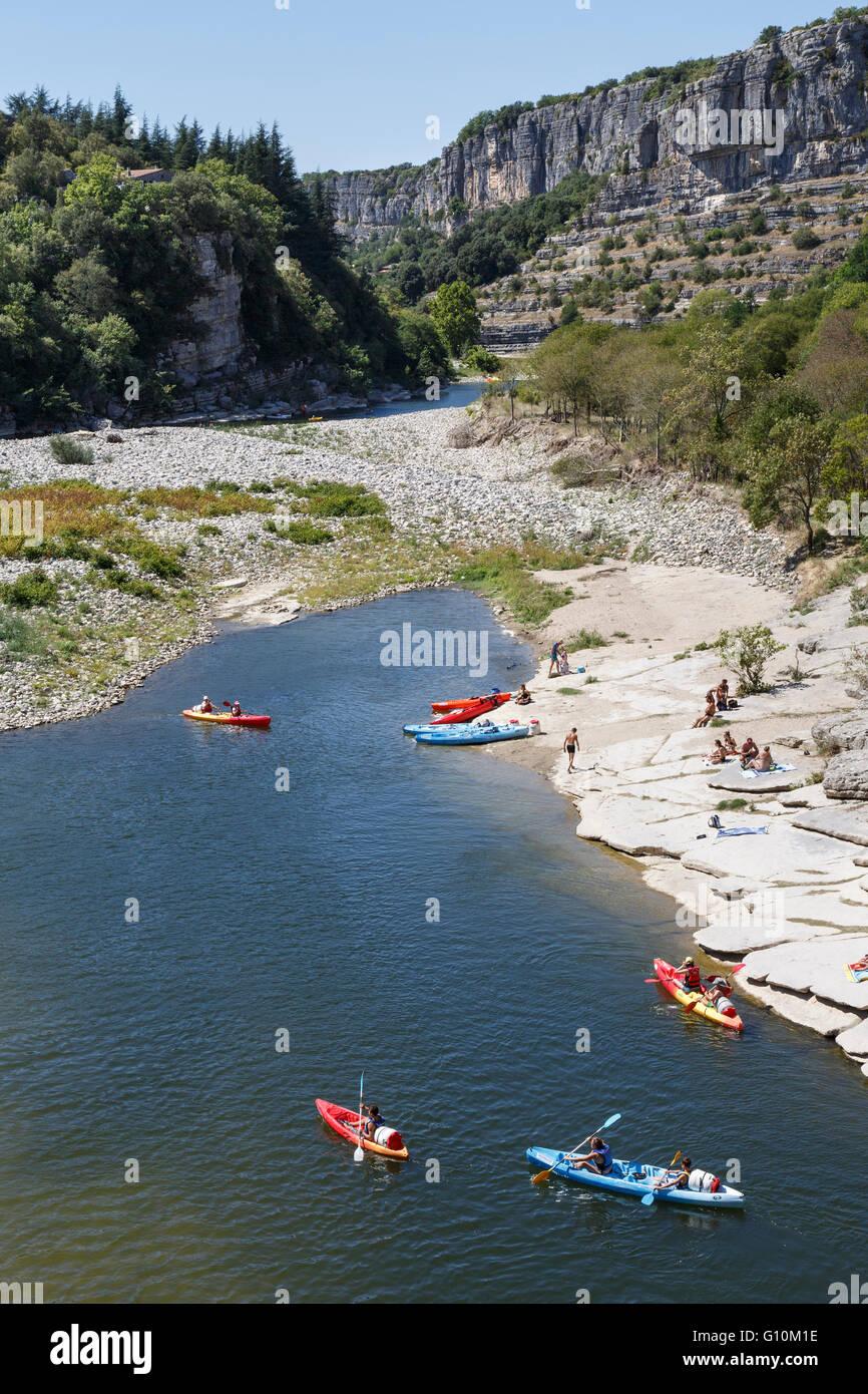 River Ardèche at Balazuc, Ardèche,  Rhône-Alpes, France - Stock Image