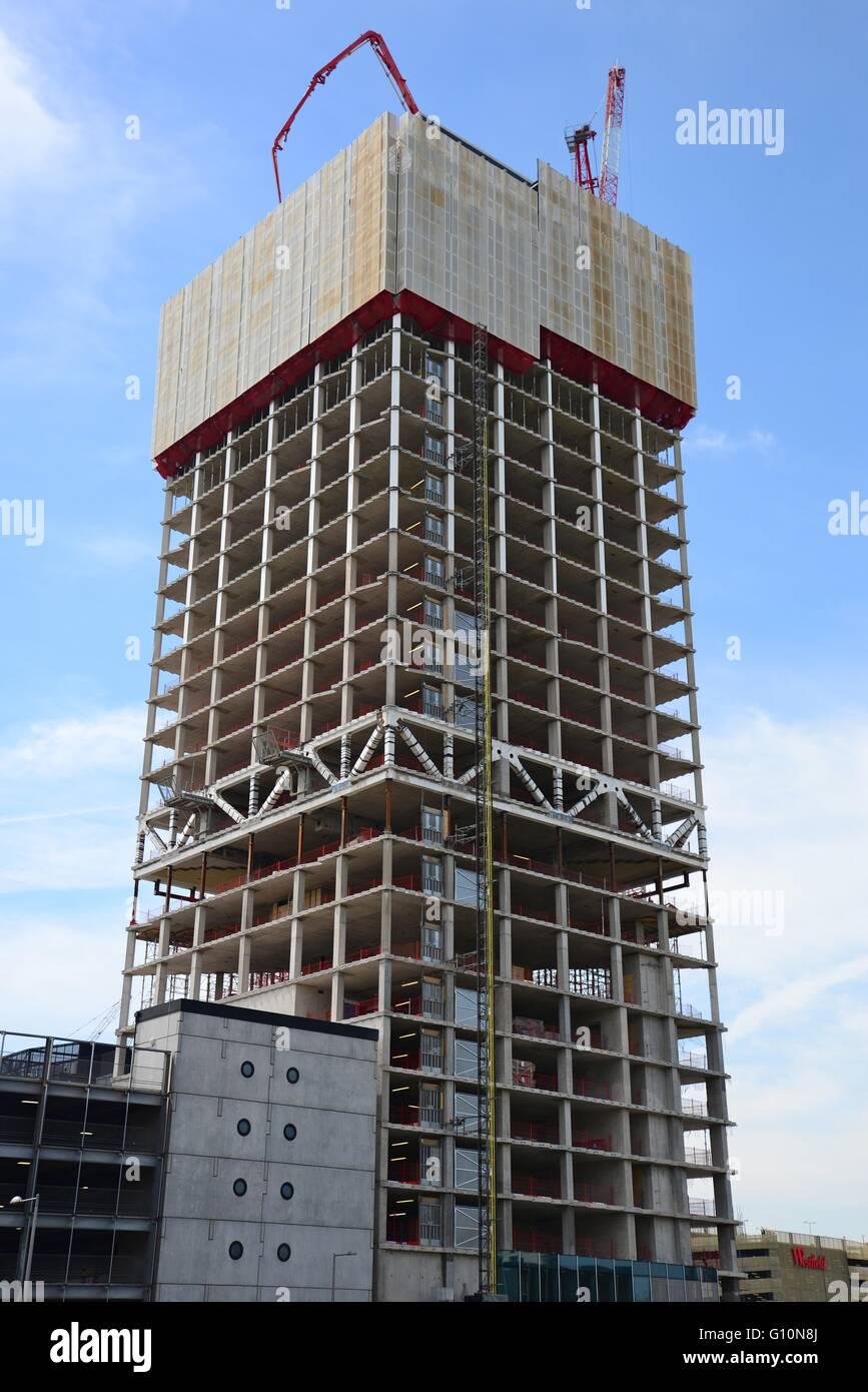 construction of the manhattan loft gardens apartments in stratford