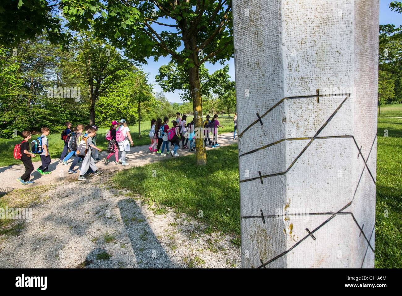 Ljubljana, Slovenia. 6th May, 2016. Students pass one of 102 memorial pillars during the 60th annual March Along - Stock Image