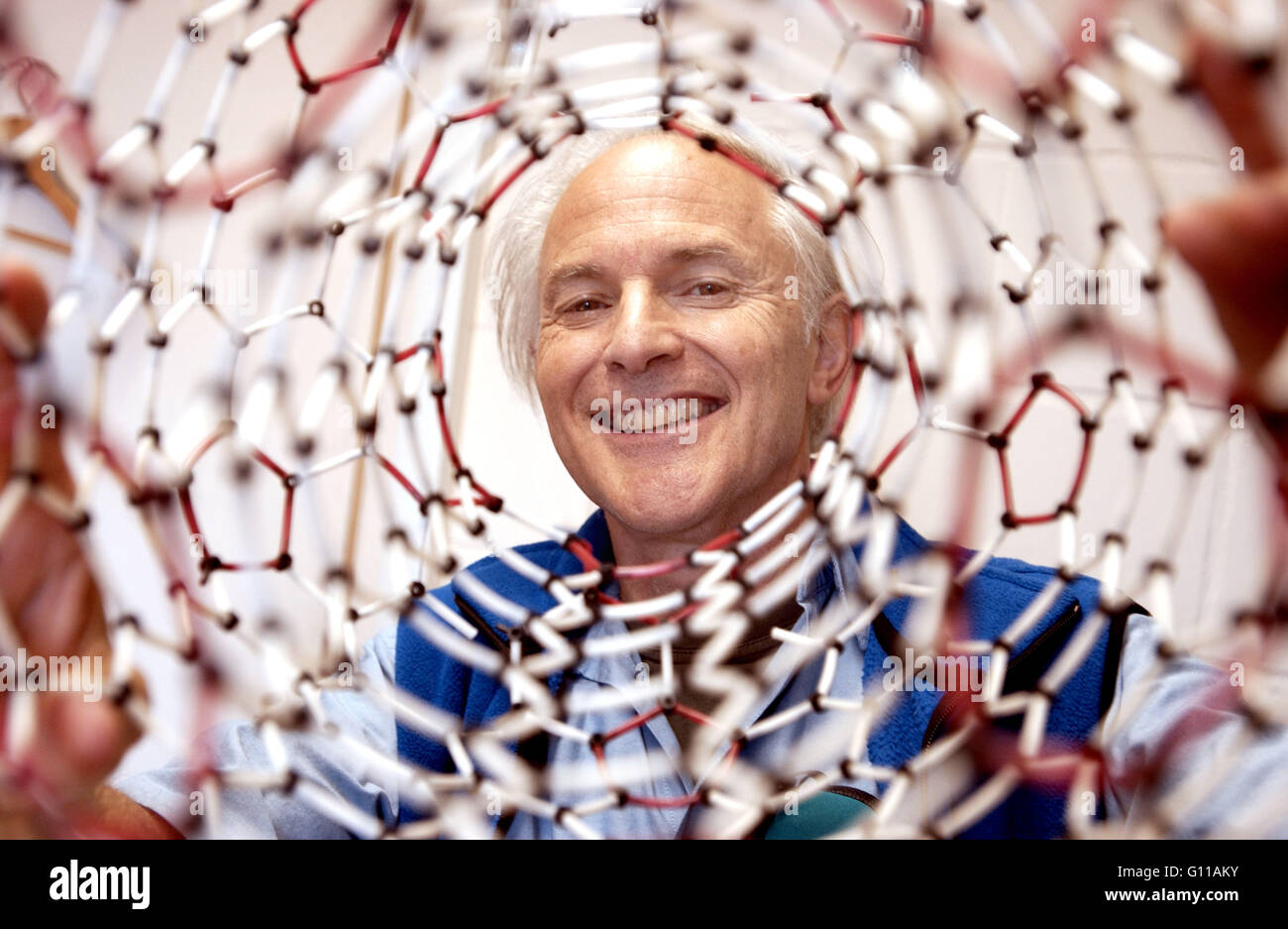 Sussex University, Brighton, England, UK. September 2004. Portrait of Sir Harry Kroto, one of the team of chemists Stock Photo