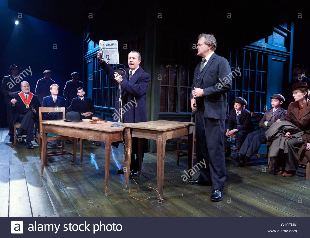 An Enemy of The People by Henrik Ibsen, a new version by Christopher Hampton directed by Howard Davies. With Jonathan - Stock Image