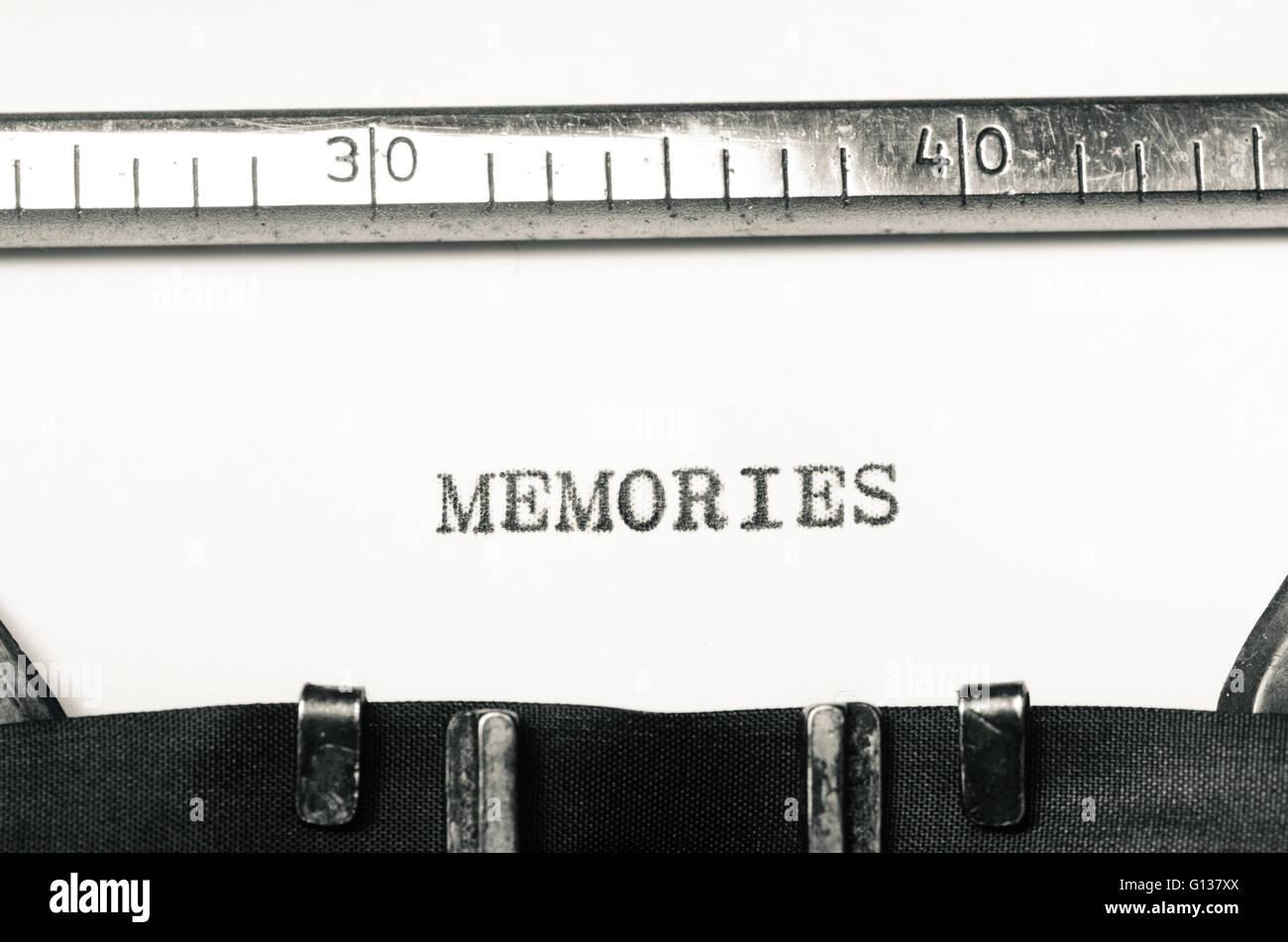 word memories  typed on an old typewriter - Stock Image
