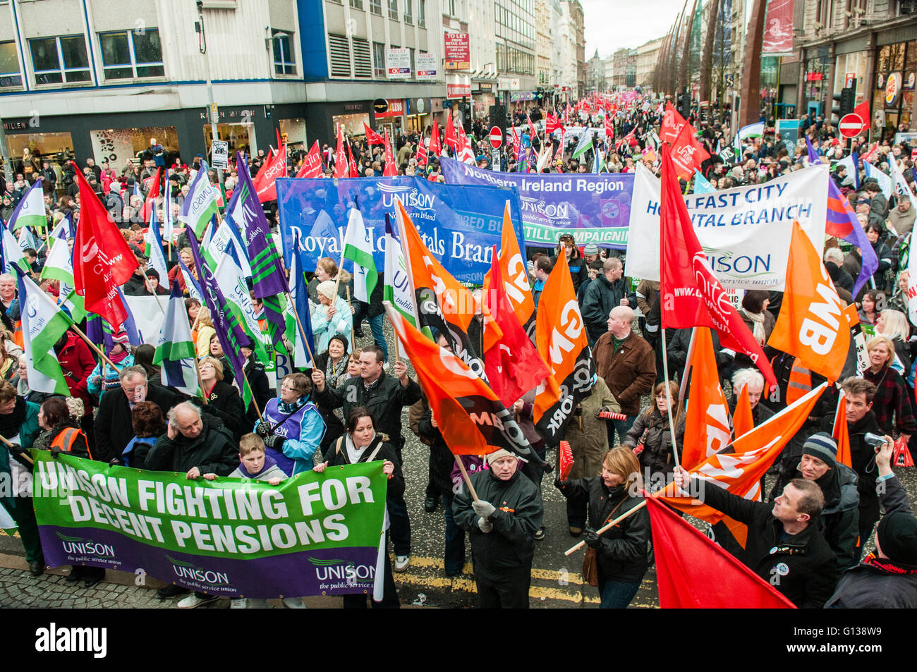 Belfast, Northern Ireland, 30 Nov 2011 - Thousands of striking public sector workers march to Belfast City Hall - Stock Image