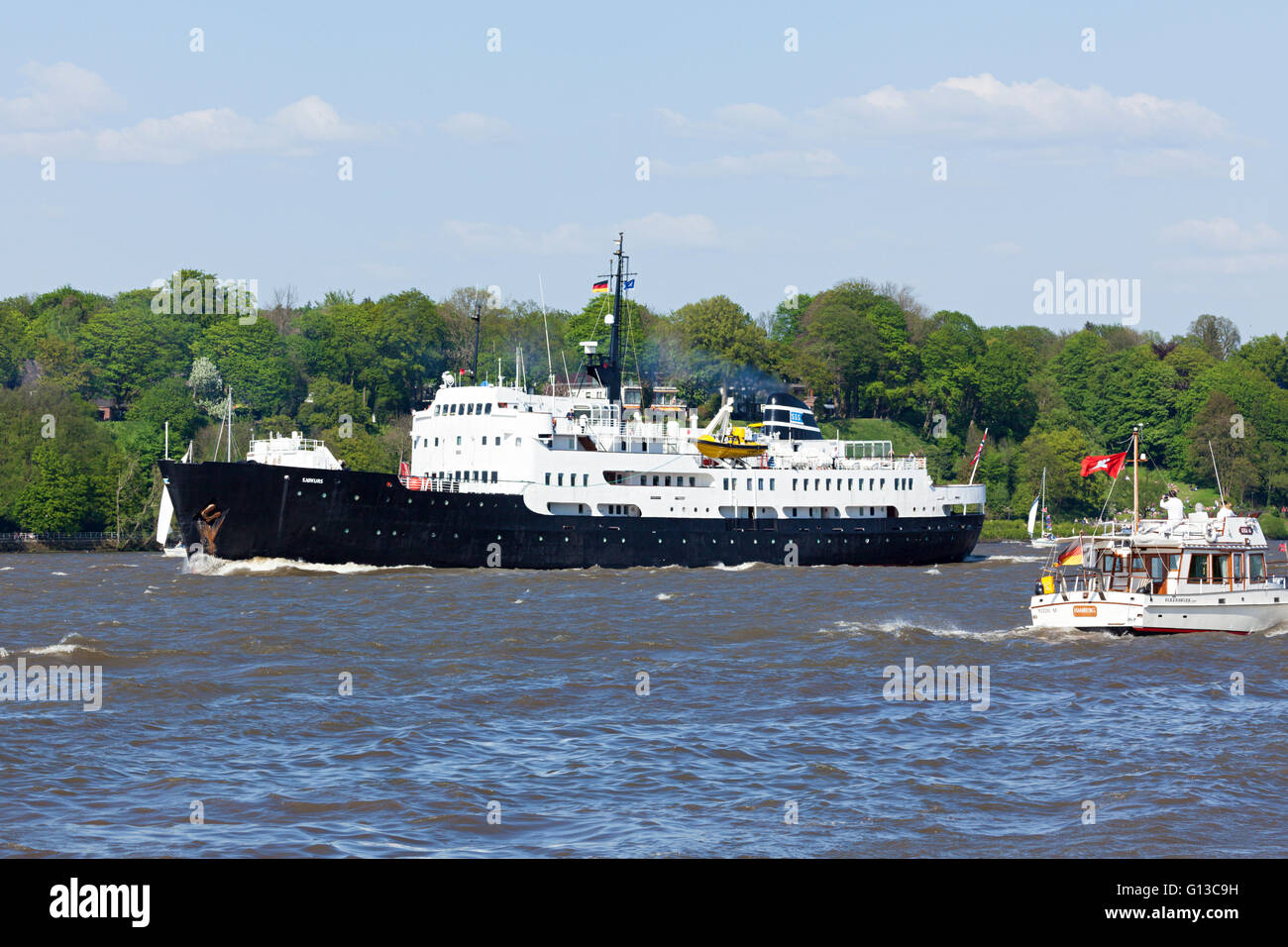 Norwegian historic training ship SJØKURS on the Elbe river during 827th Port Anniversary, Hamburg, Germany - Stock Image