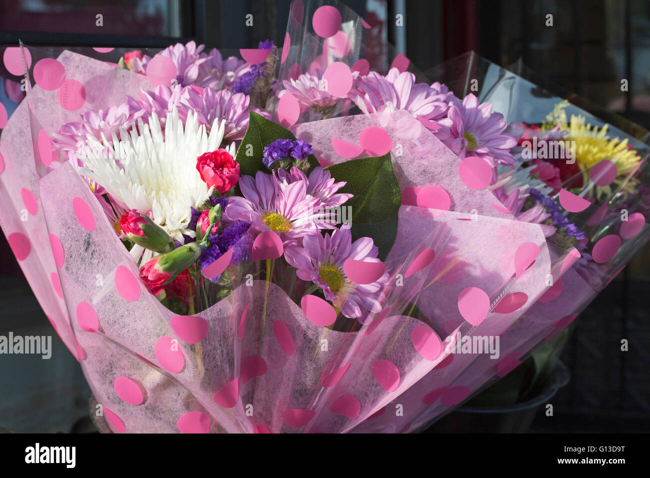 Bouquet of fresh flowers for sale - Stock Image