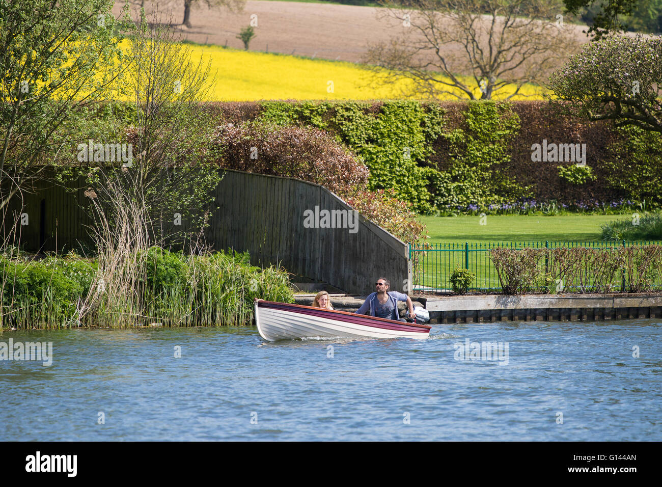Hambleden Lock, Buckinghamshire, England, May 8th 2016. Actor, comedian and political activist Russell Brand is - Stock Image