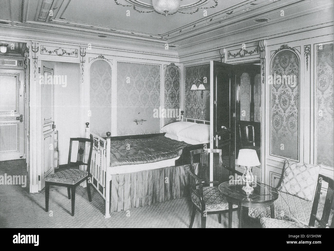 First class parlour Suite #B38 on the Titanic ship, March 1912. - Stock Image