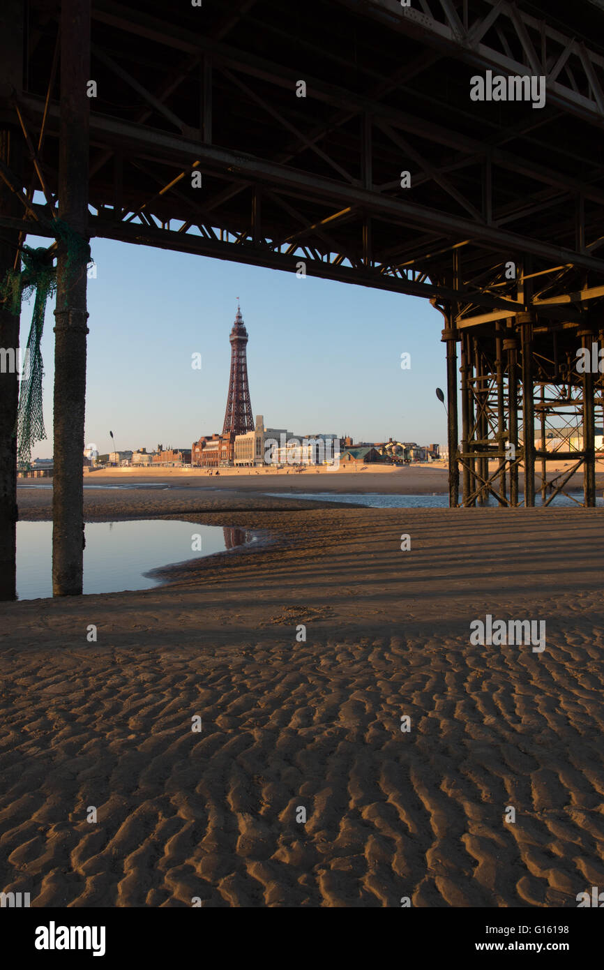 Blackpool, UK. 9th May 2016. A beautiful evening in Blackpool after a very warm day the warmest day of the year Stock Photo