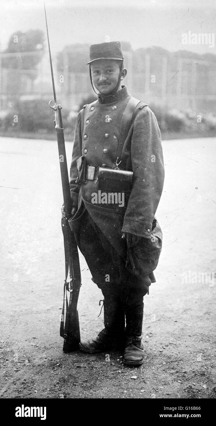 Unidentified French soldier during World War I. In January 1914, the French Army had 47 divisions, composed of 777,000 - Stock Image