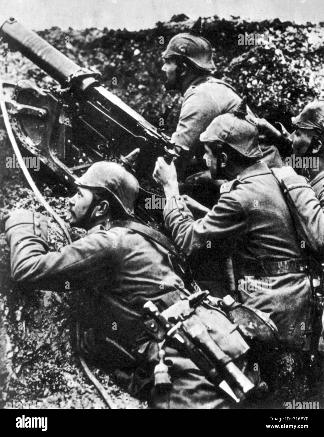 German machine gun crew. The Maschinengewehr 08, or MG 08, was the German Army's standard machine gun in WWI - Stock Image