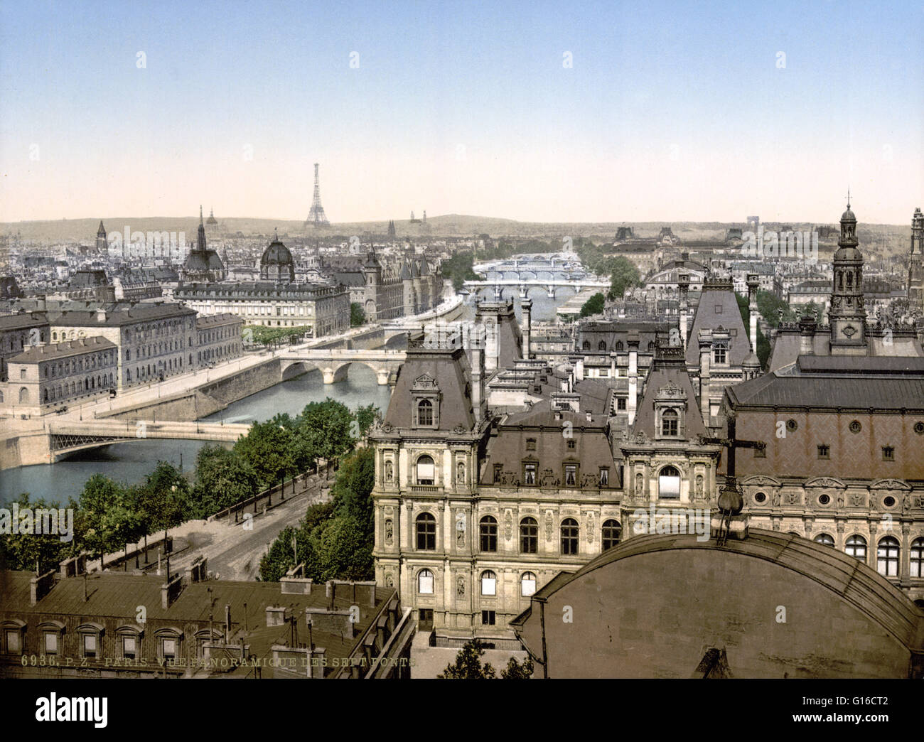 Panorama of the seven bridges, Paris, France, circa 1890-1900. The Seine is a 482 mile long river and an important Stock Photo