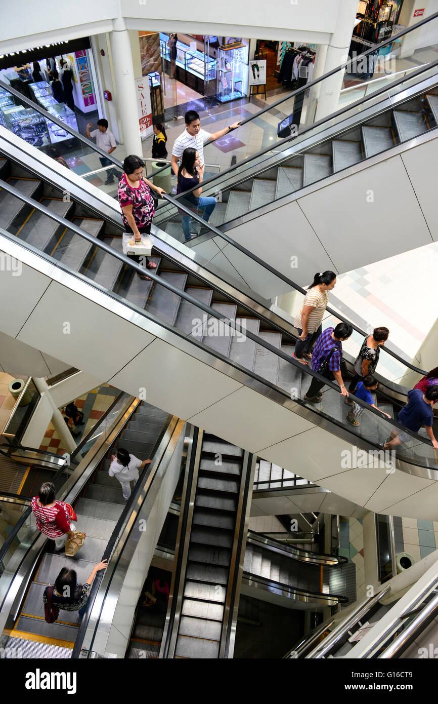 PHILIPPINES, Manila, Pasig City, shopping mall Robinson Galleria / PHILIPPINEN, Manila, Pasig City, Einkaufszentrum - Stock Image