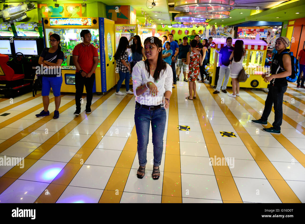 PHILIPPINES, Manila, Pasig City, shopping mall Robinson Galleria, game room , gamble hall with slots - Stock Image
