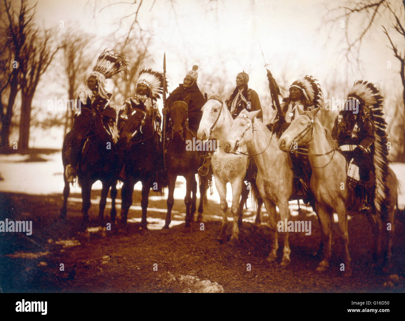 Six tribal leaders (l to r) Little Plume (Piegan), Buckskin Charley (Ute), Geronimo (Chiricahua Apache), Quanah - Stock Image