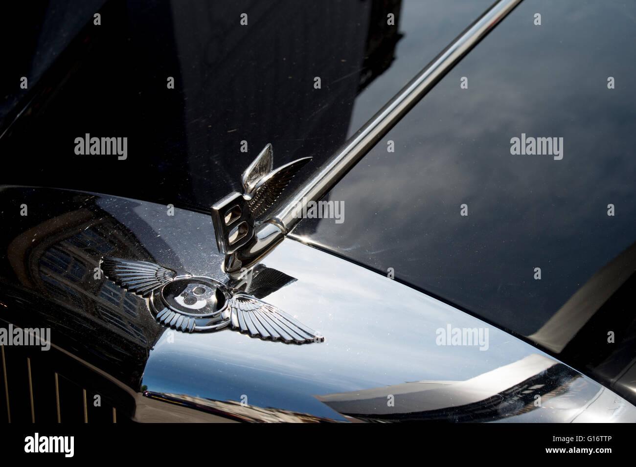 Radiator badge and flying B on classic Bentley car Stock Photo