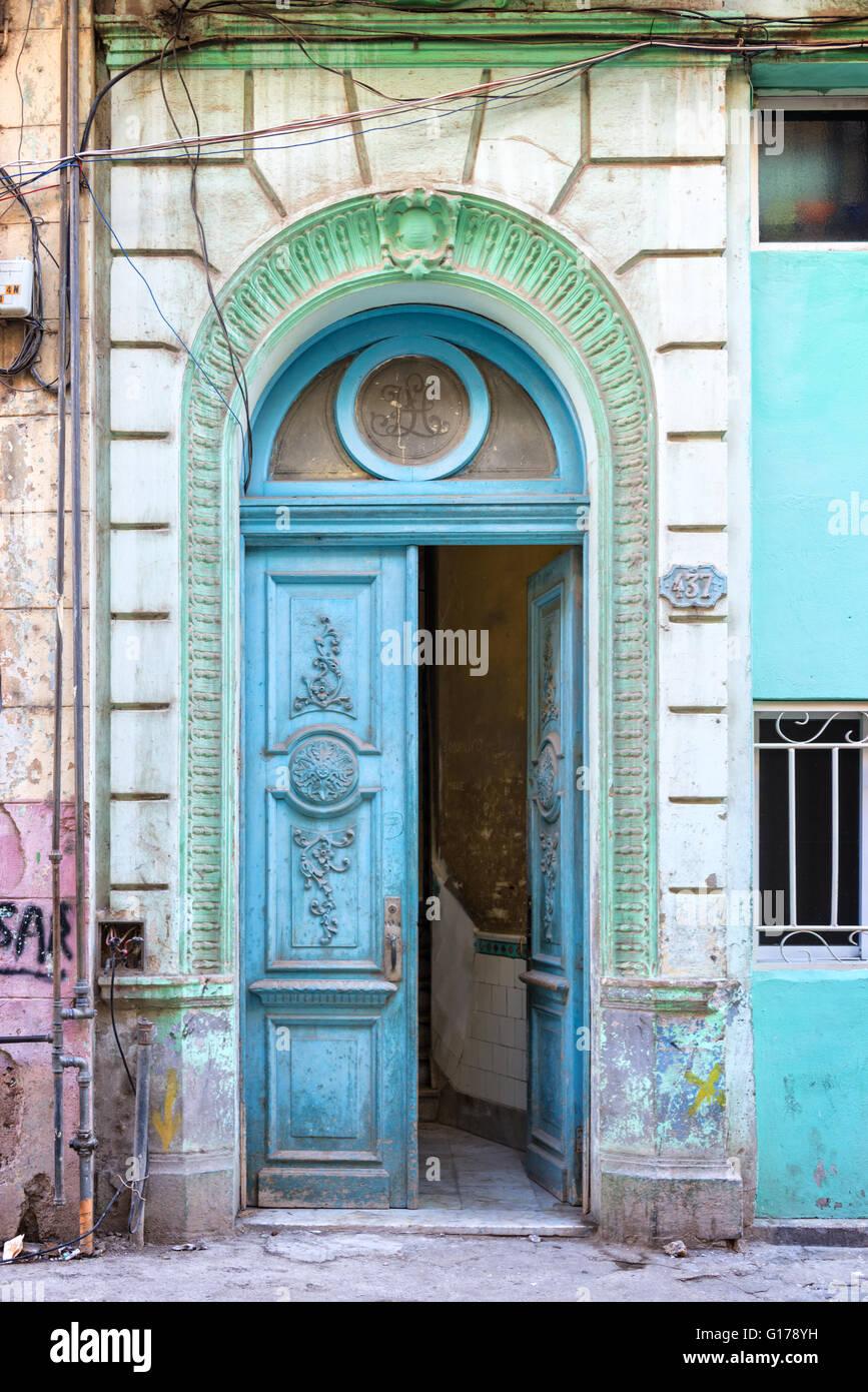 Old blue door in havana cuba stock photo 104037573 alamy for Things to hang on front door