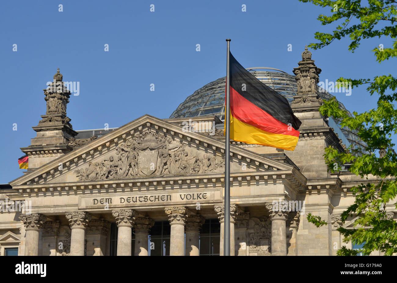 Giebel, Reichstag, Tiergarten, Berlin, Deutschland Stock Photo